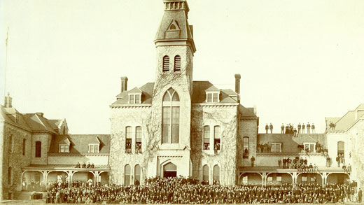 Anderson Hall in 1900
