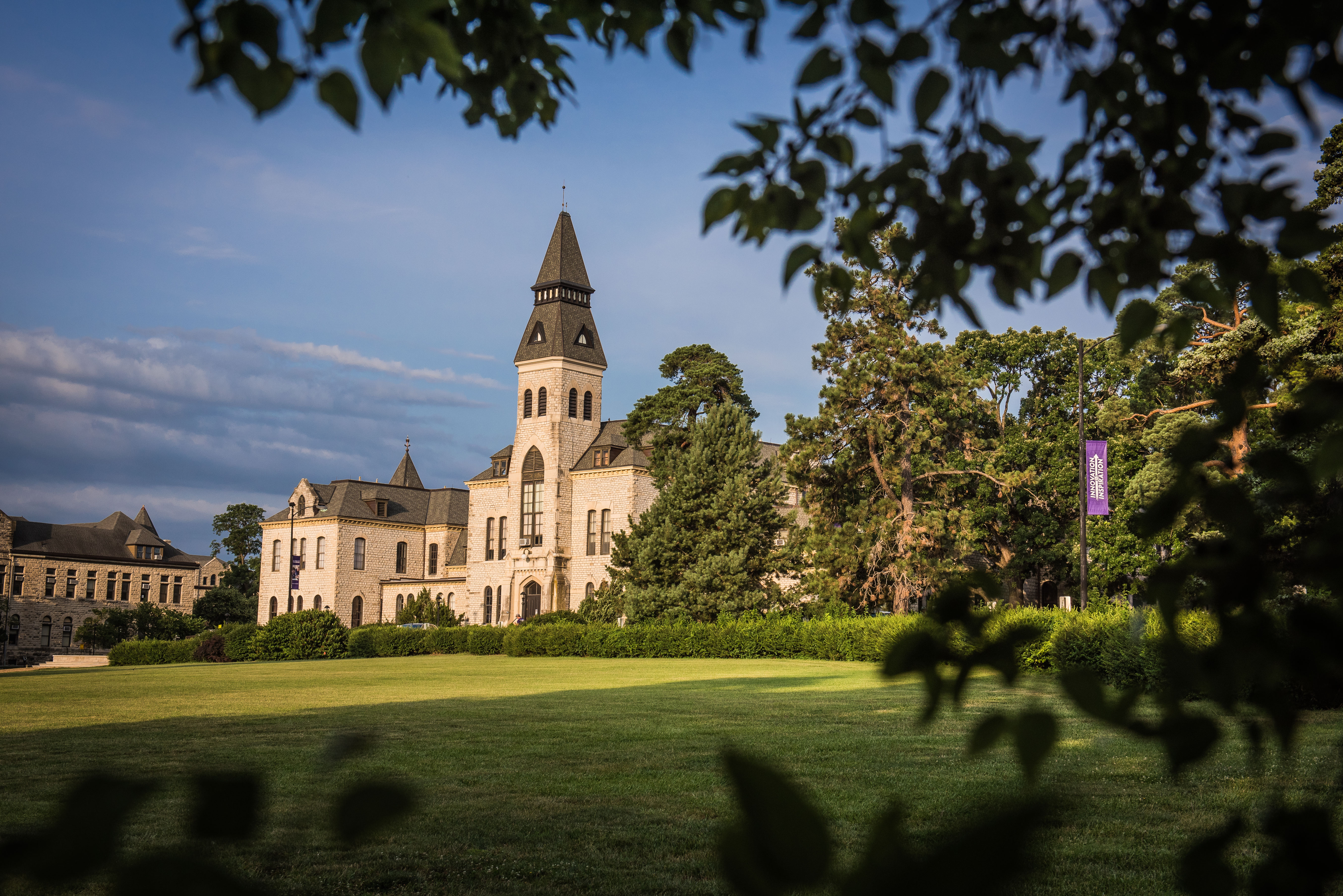 Kansas State University >> Kansas State University Receives High Rankings In Happy